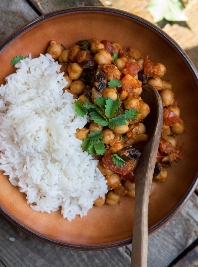 """DEVILED CHICKPEAS"" – SPICY RED CHICKPEA CURRY"