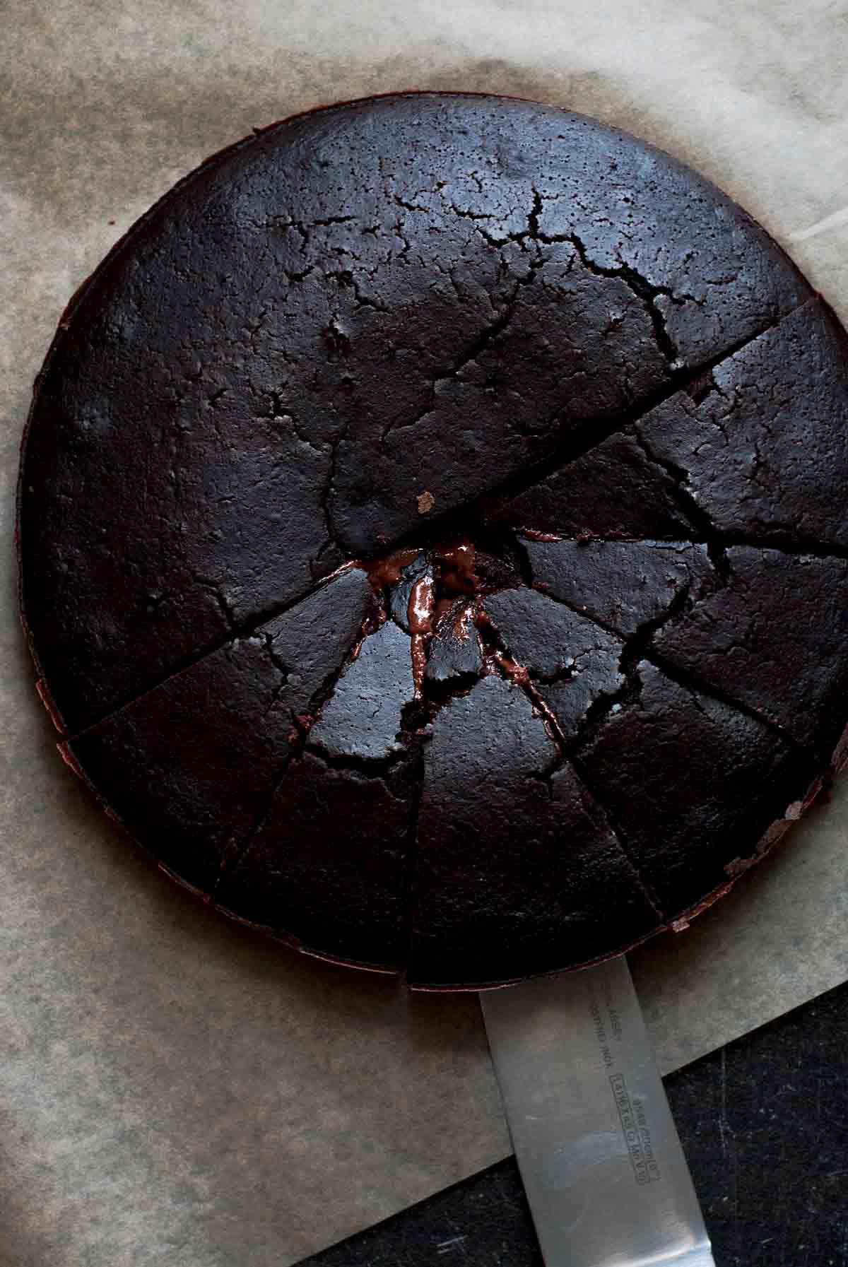halfbaked_brownie_cake_5