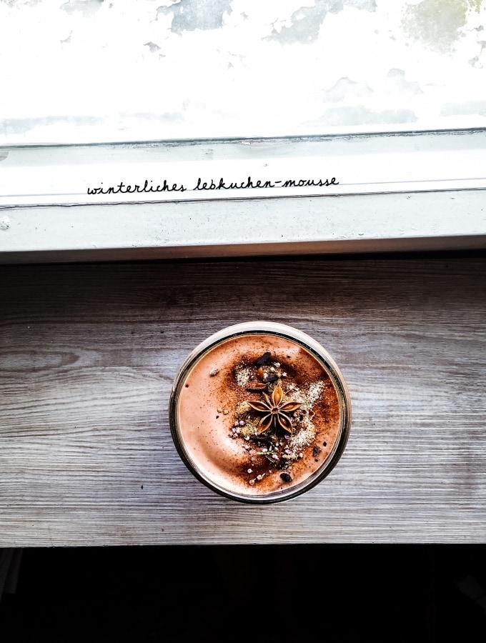 Winterliches Lebkuchen-Mousse mit Zimt, Kardamom und Piment