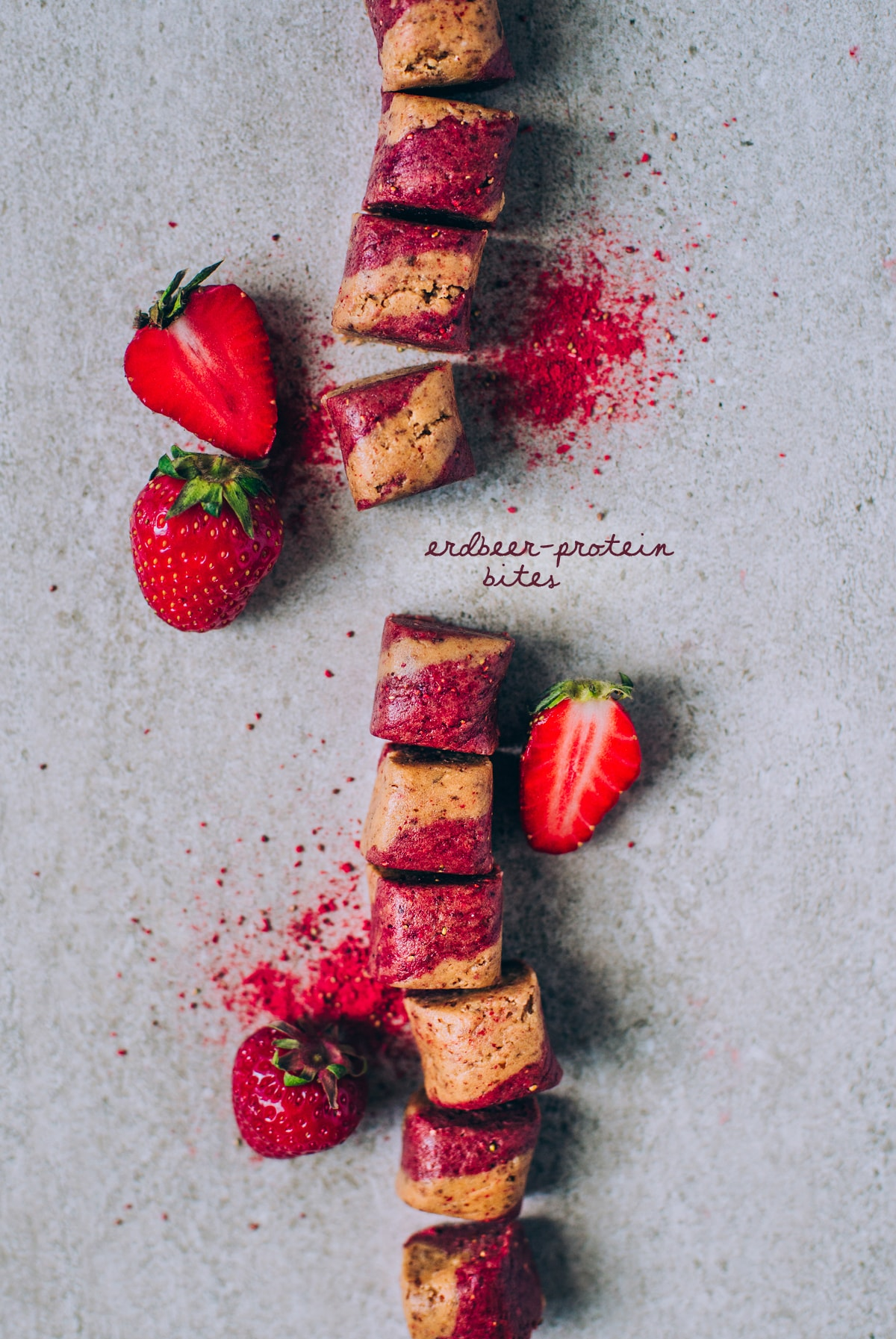 Fruchtige Erdbeer-Protein Bites - kleine Protein-Häppchen zum ...