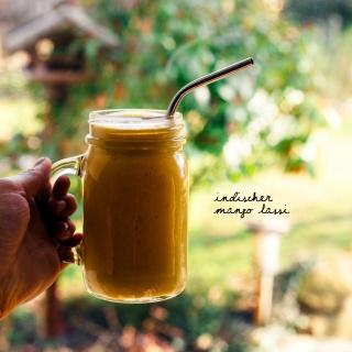 Erfrischend, fruchtig & leicht: Indischer Mango Lassi mit einem Hauch Vanille