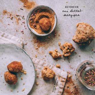 Ostereier aus selbstgemachtem Dattel-Marzipan (zuckerfrei)